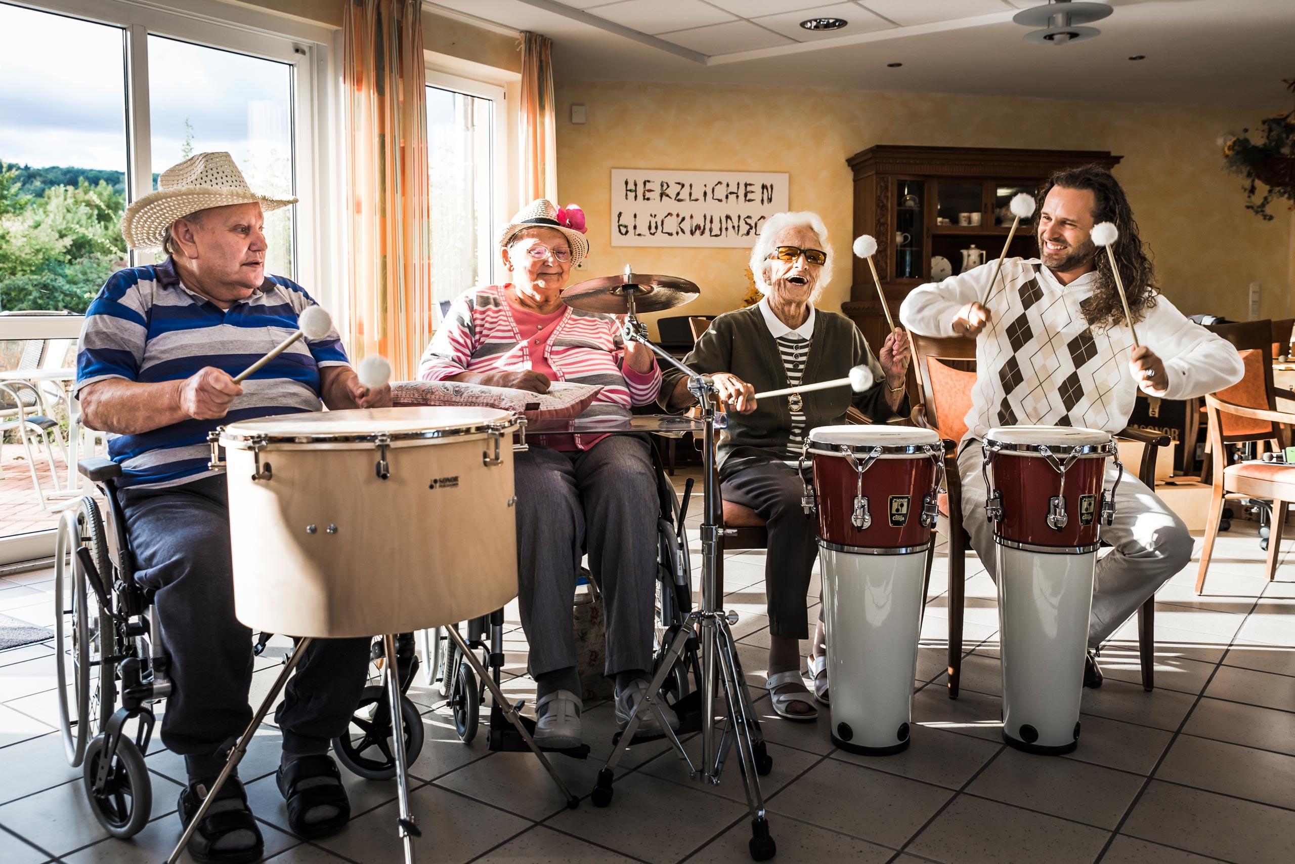 Musiktherapie mit Trommeln