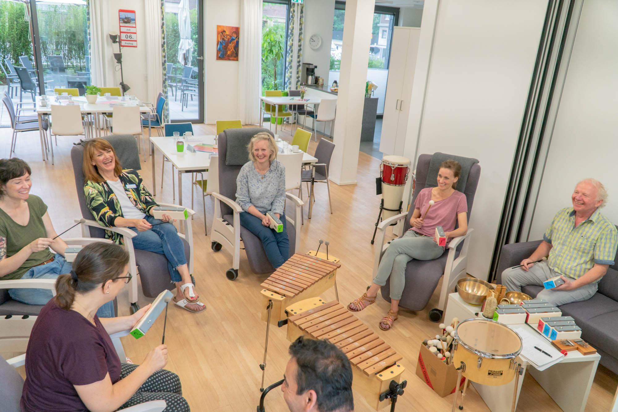 Wir Sind Altenpflege Musikworkshop Düsseldorf Tagespflege-10