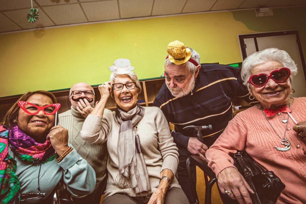 Wir-Sind-Altenpflege-Webradio-Party-Titelbild