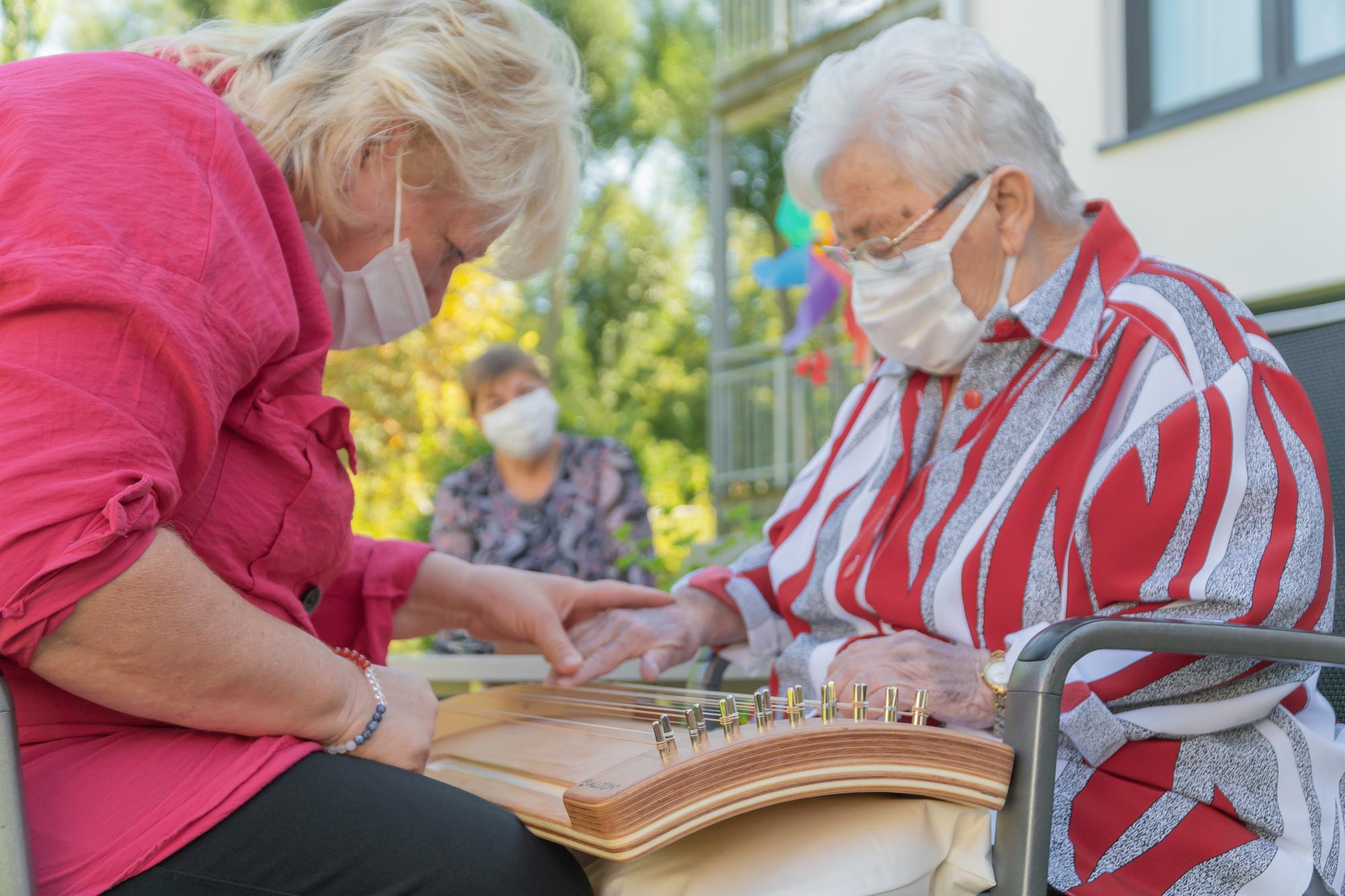 4 Klangworkshop-Niestetal-Wir Sind Altenpflege