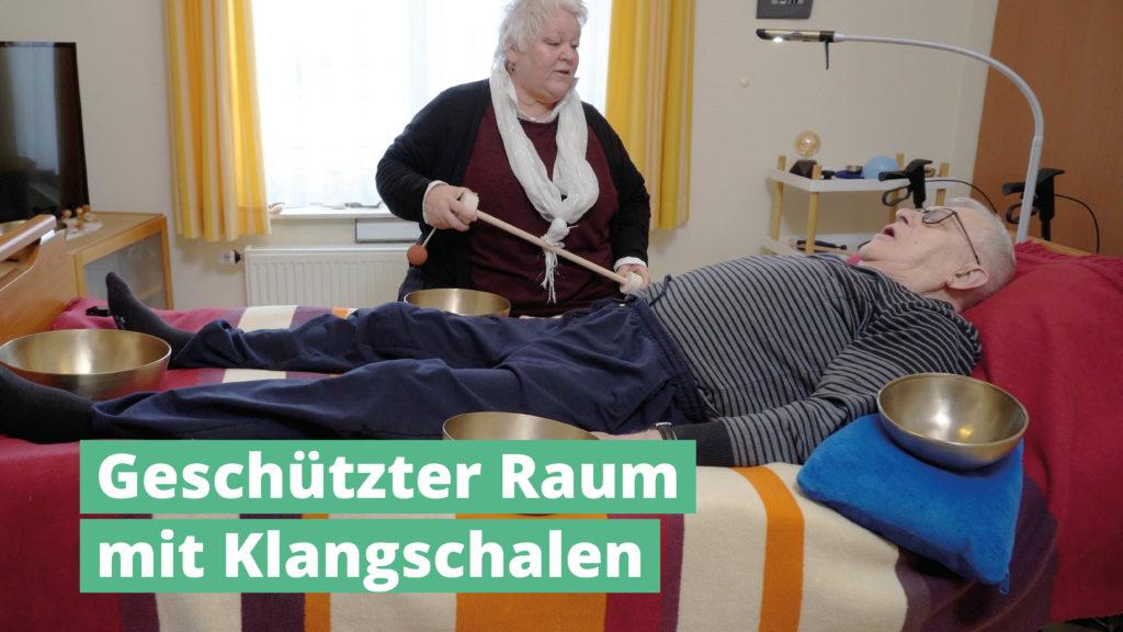 Geschützter Raum mit PeterHess Klangschalen Wir Sind Altenpflege
