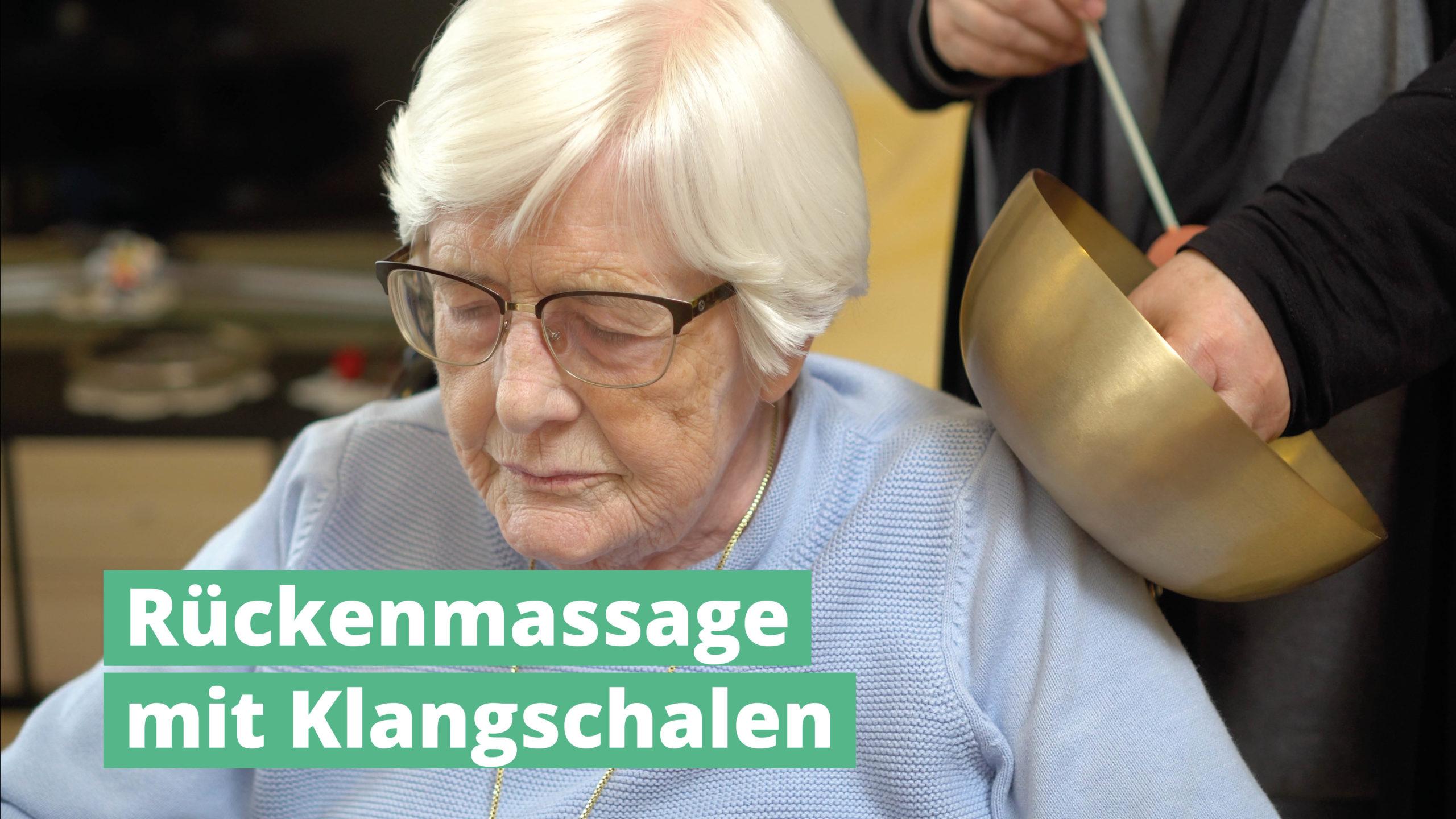 Rückenmassage mit PeterHess Klangschalen Wir Sind Altenpflege